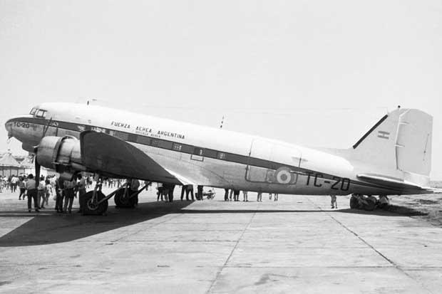 LADE: El lugar de las líneas aéreas del estado   Gaceta Aeronautica