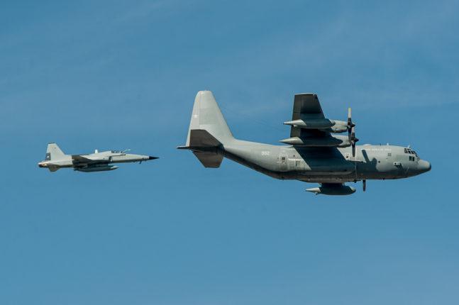 Hercules & Tigre III