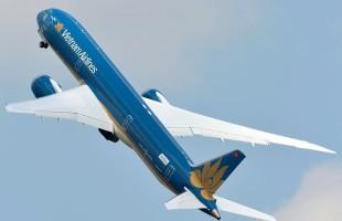 El primer Boeing 787 de Vietnam Airlines realizó una impresionante demostración en vuelo que su fabricante supo viralizar en las redes sociales (foto: Pascal Maillot).