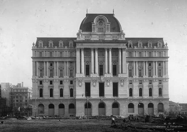 El Correo, que en la primera mitad del siglo pasado fue una institución muy importante, tuvo una relación fuerte con el transporte aéreo (foto archivo Gaceta Aertonáutica).